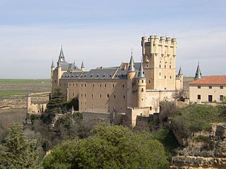 Alcázar of Segovia - Alcazar, viewed from the south, outside of the city