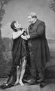 Alexandre Dumas père et Ada Menken debout.png