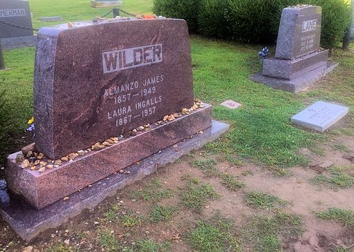Almanzo and Laura Wilder gravesite Mansfield MO