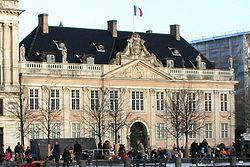 Frankrigs diplomatiske ambassader - Wikipedia's Frankrikes diplomatiska beskickningar as ...