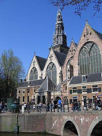 Oude Kerk, Amsterdam - Oude Kerk, viewed from across the Oudezijds Voorburgwal