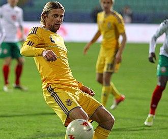 Anatoliy Tymoshchuk - Anatoliy Tymoshchuk playing for Ukraine against Bulgaria