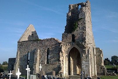 Ancienne église d'Auxais (8).jpg