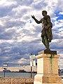 Ancona - statua di Traiano.jpg