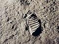 Apollo 11 bootprint 3.jpg