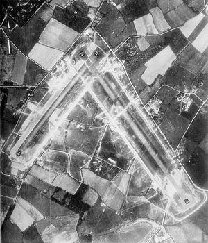 RAF Ashford - Ashford Airfield, taken on 11 May 1944, during the tenure of the 406th Fighter Group, 3 weeks before D-Day.