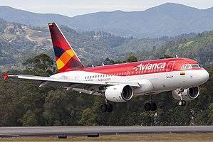 Airbus A318 - Avianca Airbus A318 landing