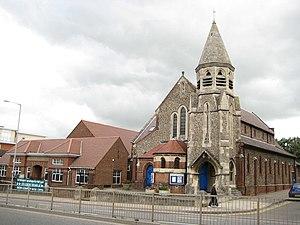 Walton, Aylesbury - Holy Trinity Church, Walton