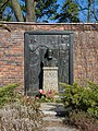 B-Friedrichsfelde Zentralfriedhof 03-2015 img14 Wilhelm Liebknecht.jpg