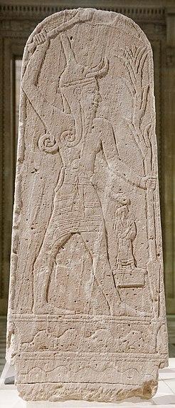 Archivo:Baal thunderbolt Louvre AO15775.jpg