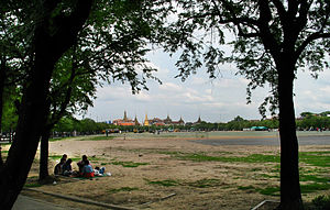Sanam Luang - Evening picnic, Sanam Luang