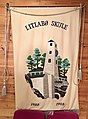 Banner (skolefane) for Litlabø skule, a primary school in Stord, Norway. 2018-03-06 IMG 5656.jpg