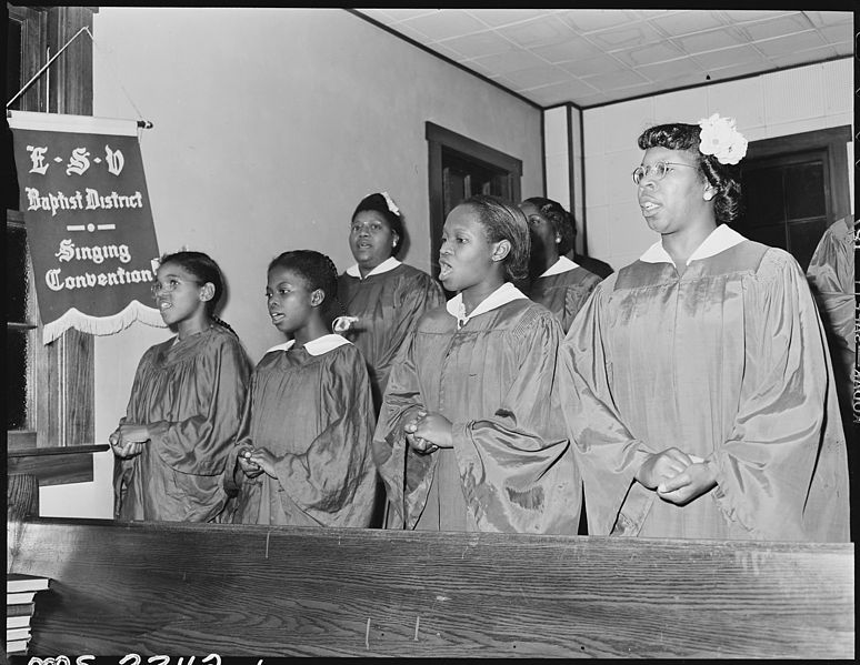 File:Baptist Church Choir, won district singing competition in 1945. Inland Steel Company, Wheelwright ^1 & 2 Mines... - NARA - 541510.jpg