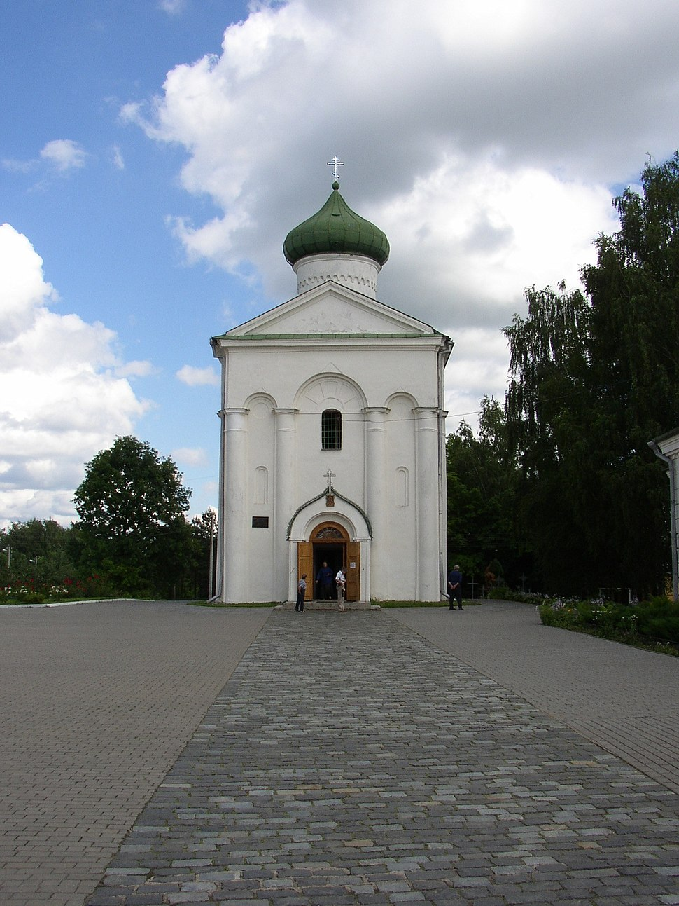 Belarus-Polatsk-Church of Transfiguration-1