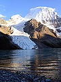 Berg Lake - Mount Robson.JPG