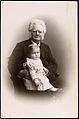 Bjørnstjerne Bjørnson og barnebarnet Bjørnstjerne Albert Bjørnson-Langen, 1900.jpg