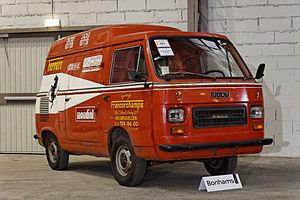 Bonhams - The Paris Sale 2012 - FIAT 900T Ferrari Service Van - 1978 - 002.jpg