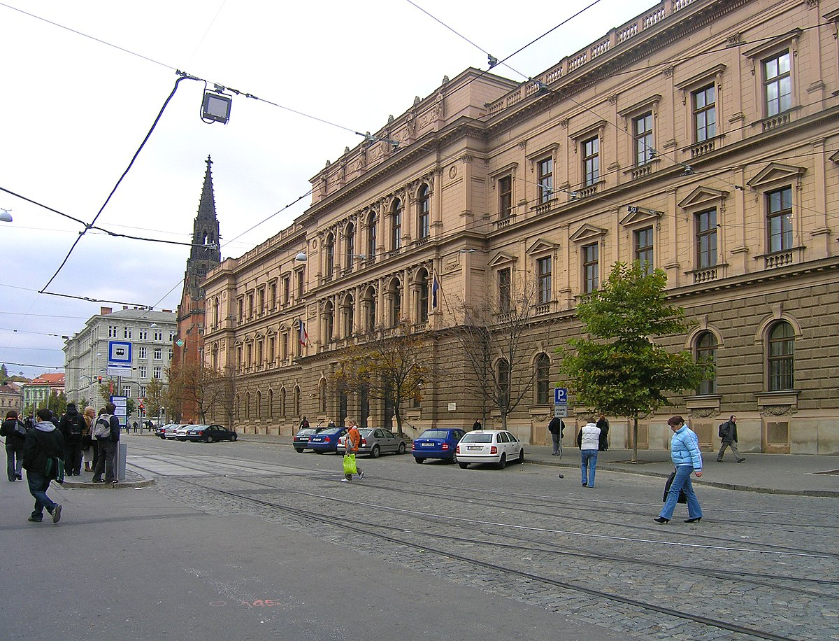 Sad Konstytucyjny Czechy Wikipedia Wolna Encyklopedia