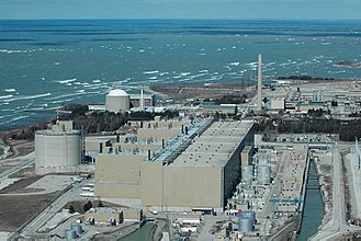 Nuclear power plant - The Bruce Nuclear Generating Station, the largest nuclear power facility in the world