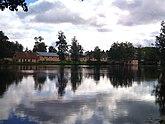Fil:Bruksdammen i Lövstabruk 20110920c.jpg