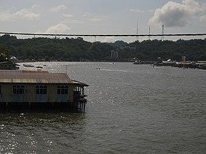 Brunei River - Image: Brunei 01