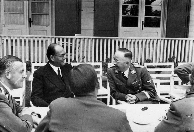 Bundesarchiv Bild 101III-Alber-064-03A, Subhas Chandra Bose bei Heinrich Himmler