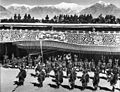 Bundesarchiv Bild 135-BB-109-04, Tibetexpedition, Neujahrsfest im Potala.jpg