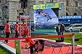 Bungee jumping Heldenplatz 2013 - 02.jpg