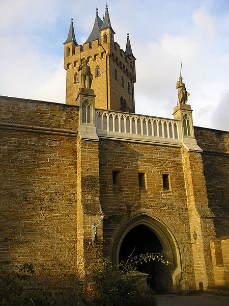 Файл:Burg Hohenzollern (70).JPG