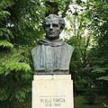 Bustul lui Nicolae Tonitza din Parcul Copou, Iaşi.jpg
