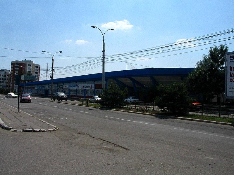 GLORIA BUZAU 800px-Bz_stadium_gloria