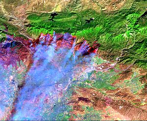 Infrared image of Oct 2003 wildfires burning S...