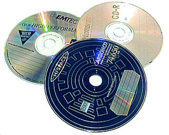 Mixtape - The CD-R disc is currently the most common medium for homemade mixes