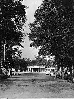 Banyumas Regency - The house of the resident of Banyumas c. 1905