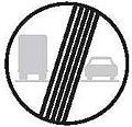 CZ-B22b Konec zákazu předjíždění pro nákladní automobily.jpg