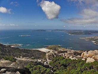 Mount Pindo - Image: Cabo Fisterra desde o Monte Pindo