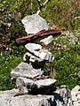 Cairn sur le chemin du Vieux Sauliac.JPG