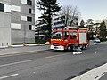 Camion de pompiers, avenue Einstein (Villeurbanne).jpg