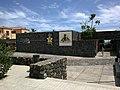 Canaries Tenerife Guimar Piramides Entree - panoramio.jpg