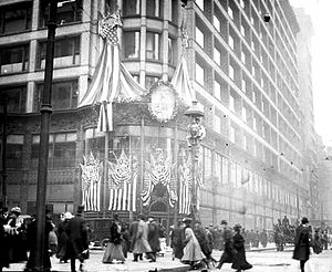 Lincoln's Birthday - Carson Pirie Scott & Co. store on State Street in Chicago, Illinois decorated for Lincoln 100th birthday in 1909.