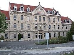 Centre hospitalier Charles-Perrens.jpg