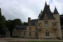 Chateau de Lion sur mer juin 14 -01.jpg