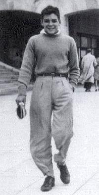 Ernesto Guevara de vacaciones en Mar del Plata (ca. 1943, 15 años)