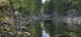 Chesterfield Gorge 2012.jpg