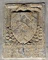 Chiostro dei morti, ala est, stemma 39 guasconi.JPG