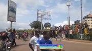 File:Chute du régime - Alpha Condé les Guinéens manifestent dans la rue pour soutenir le coup d'État.webm