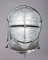 Close Helmet MET 29.158.35 001AA2015.jpg