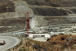 Clyde Dam Under Construction.jpg
