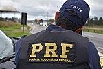 Com radares portáteis, equipe da PRF fiscaliza velocidade na BR-277 (34094362071).jpg