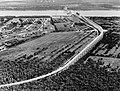 Construction of Huey P. Long Bridge. HAER LA-17-72 cropped.jpg
